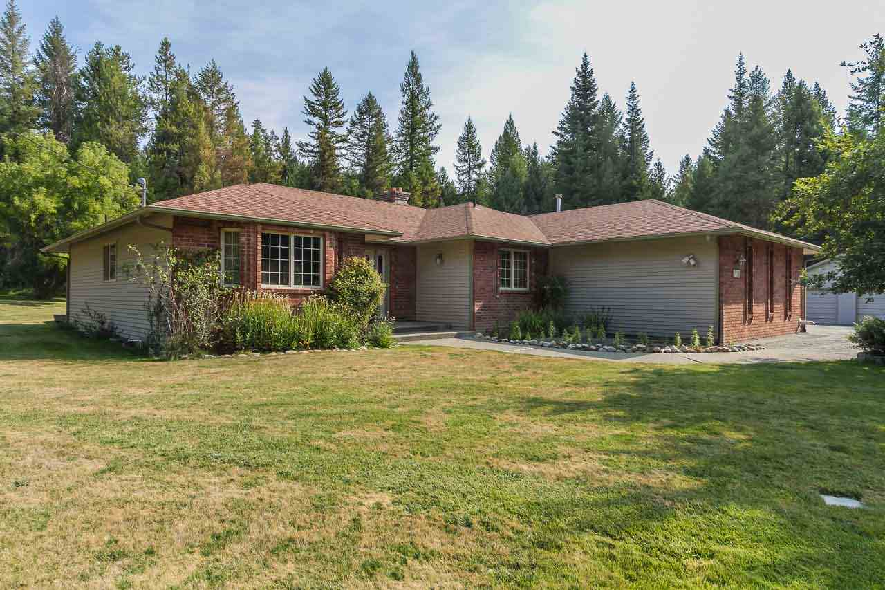 Single Family Home for Sale at 738 Applegate Road 738 Applegate Road Colville, Washington 99114 United States