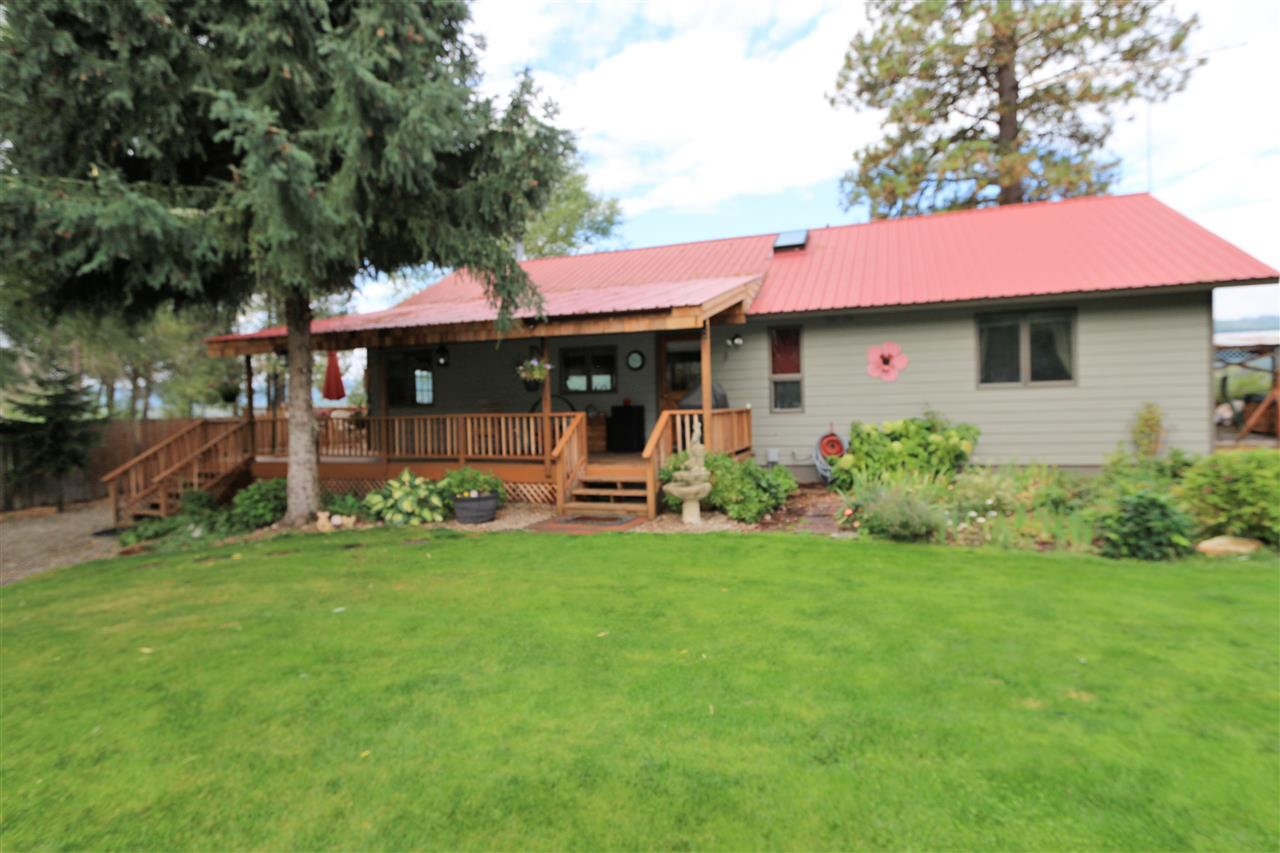 Single Family Home for Sale at 961 Riverbend Loop Road 961 Riverbend Loop Road Cusick, Washington 99119 United States