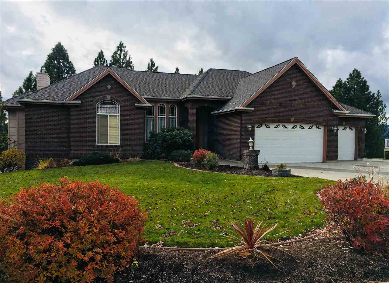 Single Family Home for Sale at 16404 E whirlaway Lane 16404 E whirlaway Lane Veradale, Washington 99037 United States