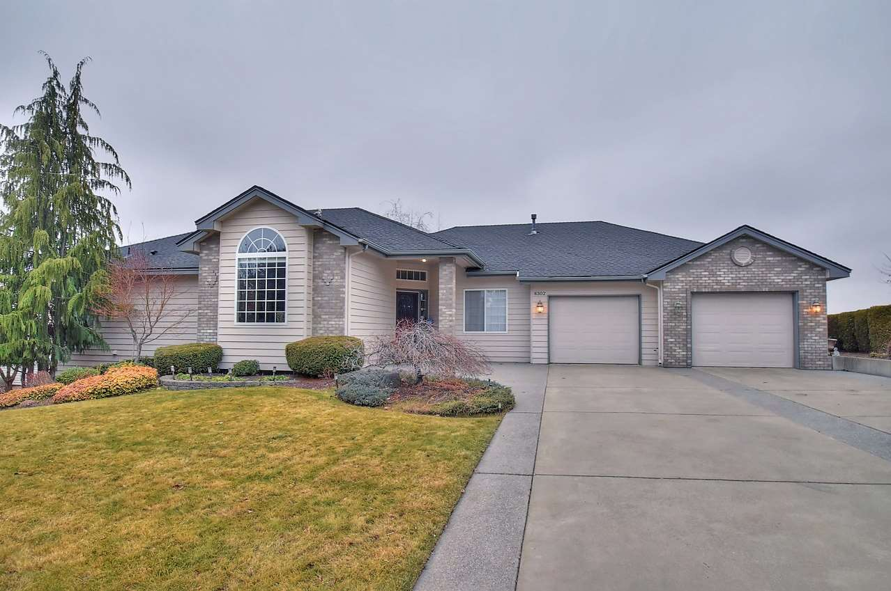 Single Family Home for Sale at 8302 S West Terrace Drive 8302 S West Terrace Drive Cheney, Washington 99004 United States