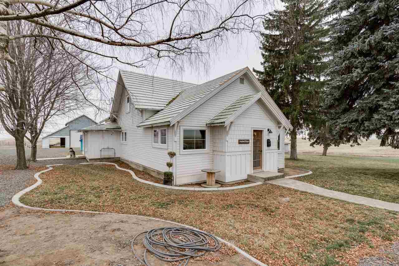 Single Family Home for Sale at 33540 Manke Road 33540 Manke Road Harrington, Washington 99134 United States