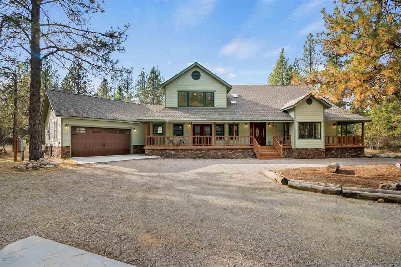 Single Family Home for Sale at 3213 E ELENA Lane 3213 E ELENA Lane Chattaroy, Washington 99003 United States