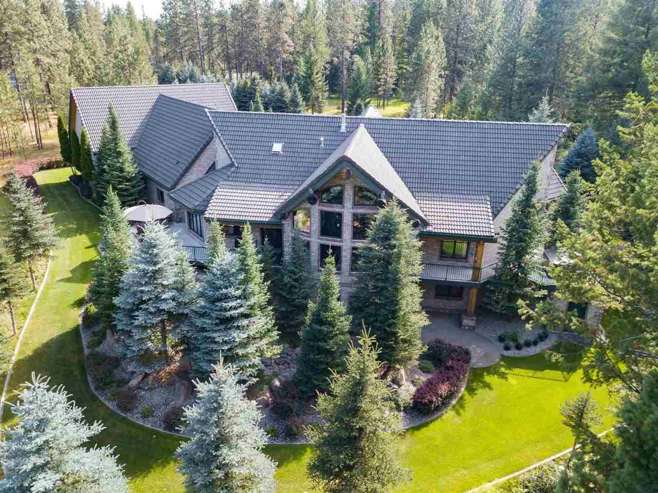 Single Family Home for Sale at 1625 E Half Moon Lake Lane 1625 E Half Moon Lake Lane Colbert, Washington 99005 United States