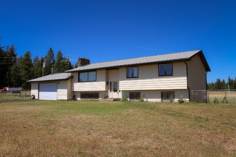Single Family Home for Sale at 42702 N Sherman Road 42702 N Sherman Road Deer Park, Washington 99006 United States