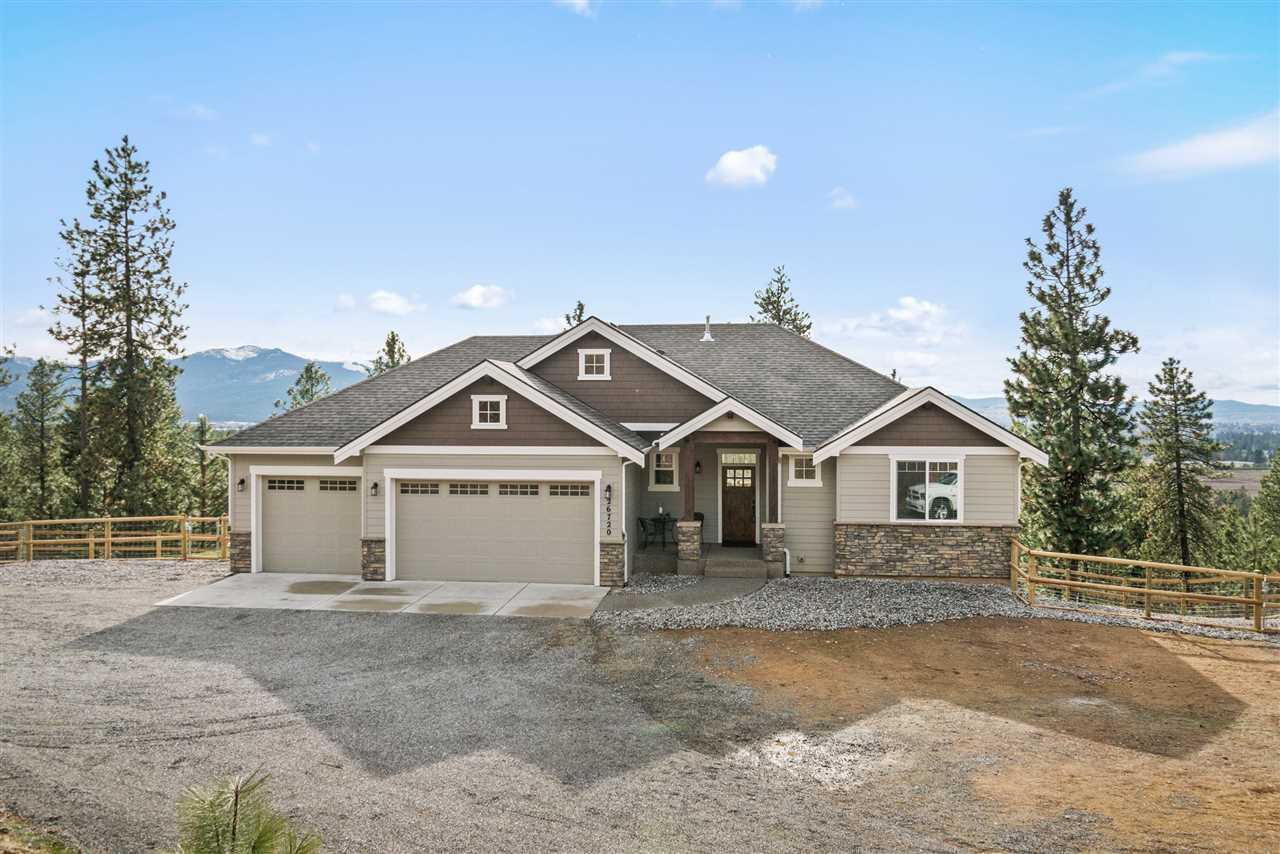 Single Family Home for Sale at 26720 E MADDIE Lane 26720 E MADDIE Lane Newman Lake, Washington 99025 United States