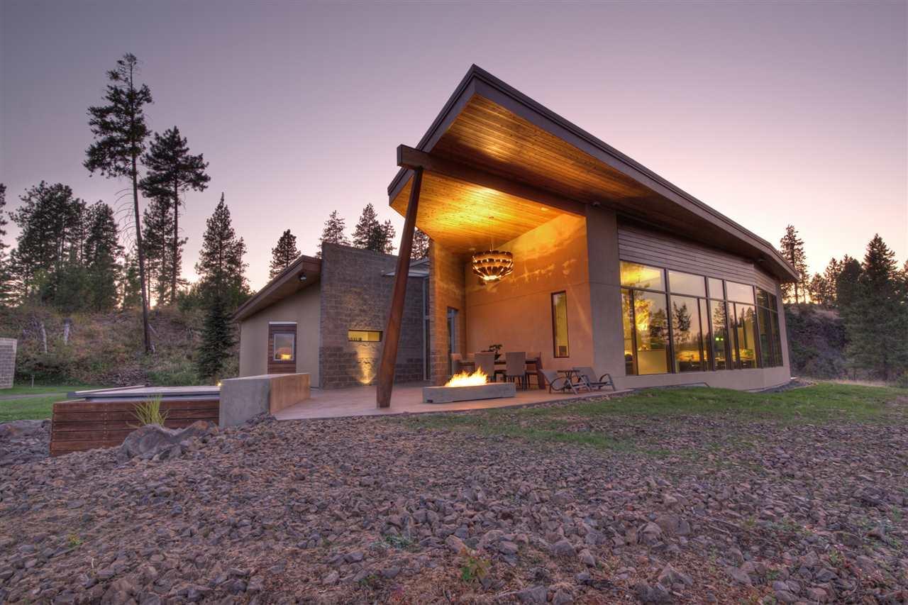 Single Family Home for Sale at 1615 & 1407 E Chattaroy Road 1615 & 1407 E Chattaroy Road Colbert, Washington 99005 United States