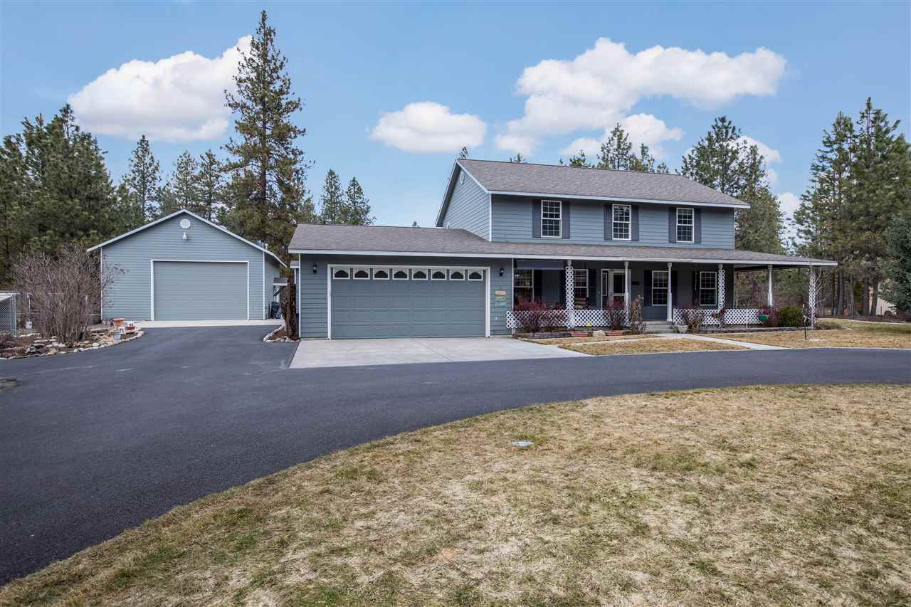 Single Family Home for Sale at 4411 E Day Mt Spokane Road 4411 E Day Mt Spokane Road Colbert, Washington 99005 United States
