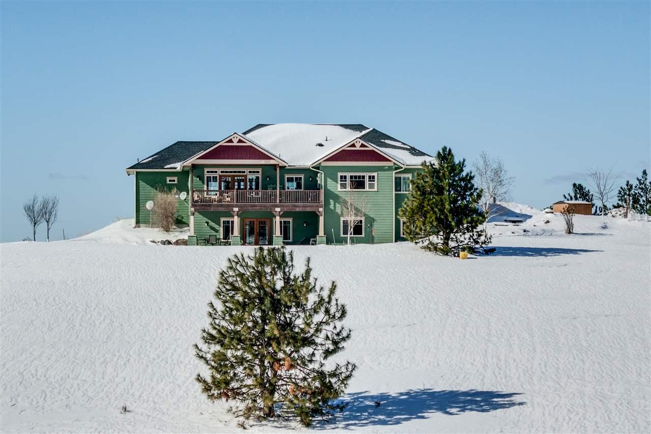Single Family Home for Sale at 12625 E Tallman Road 12625 E Tallman Road Chattaroy, Washington 99003 United States