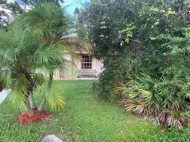 Photo 18 of 121 Cornell Rd, St Augustine, FL 32086