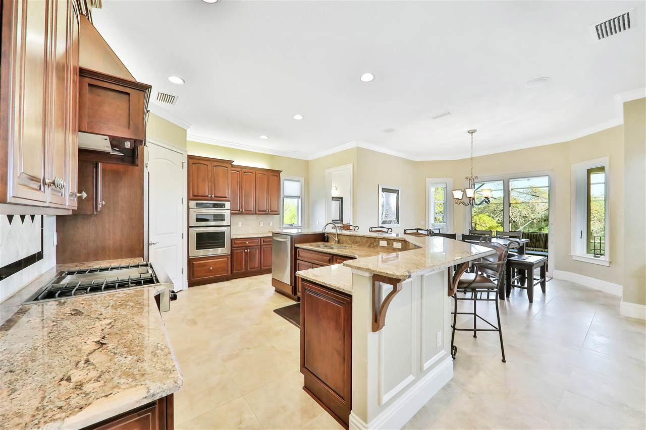 Photo 13 of 7 OAK VIEW CIRCLE E, Palm Coast, FL 32137