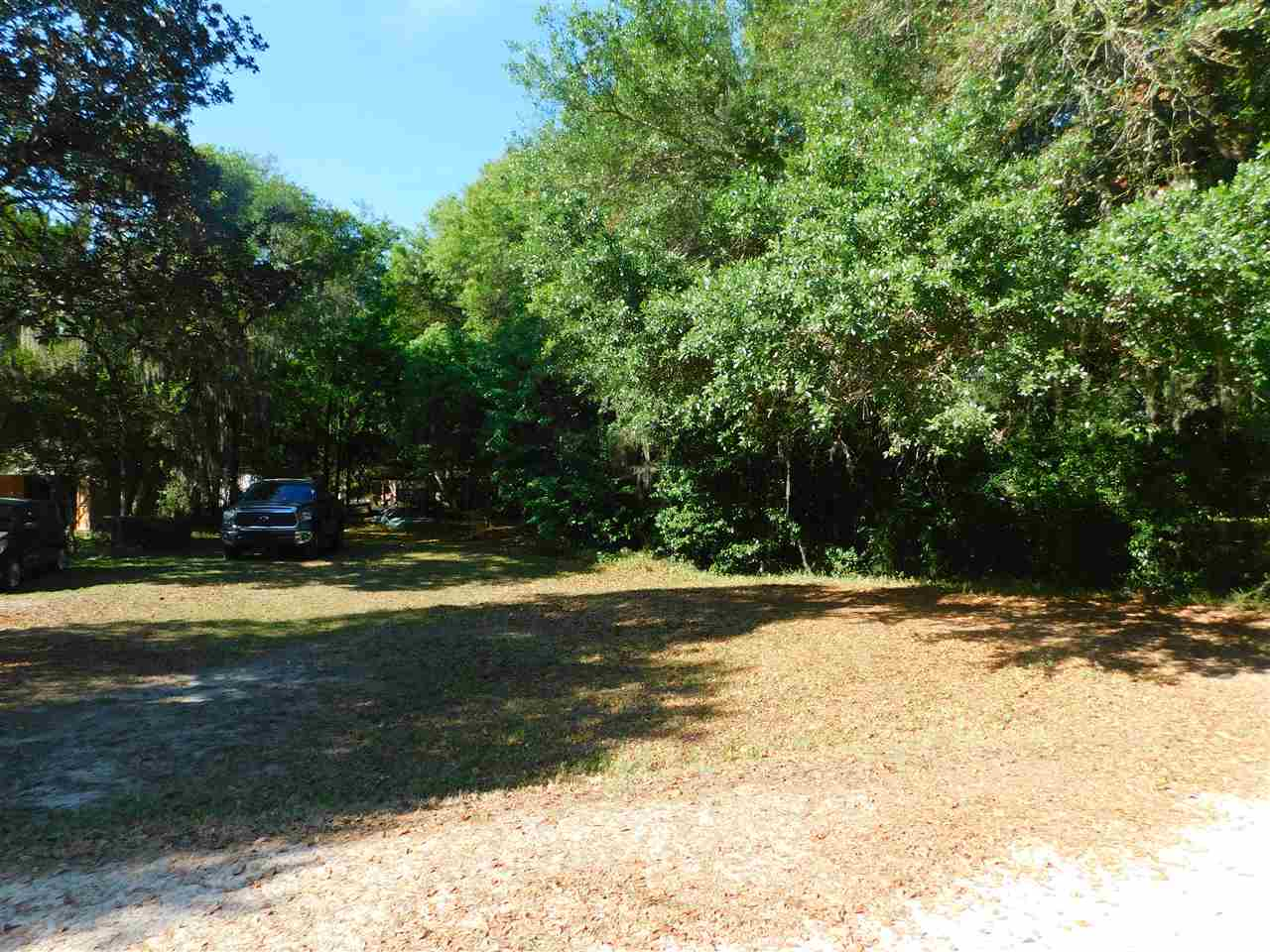Live the good life on this canal front lot with access the gorgeous St. Johns River! The lot is partially cleared with a well and electric hook up for a mobile home. The zoning allows for a single family home, modular home, or mobile home so you can bring your imagination and make Colee Cove your new home at the River.