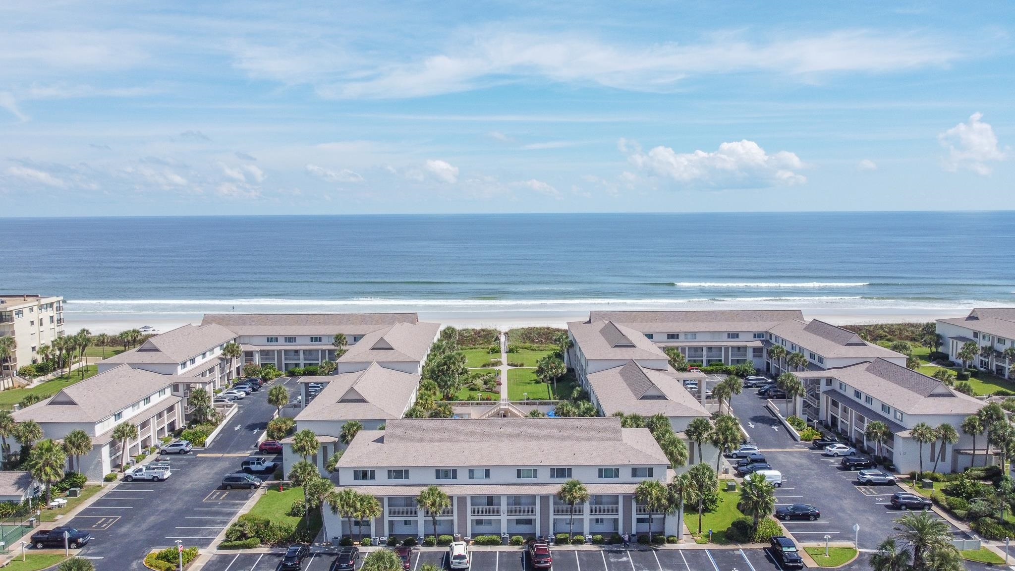 Pool side first floor unit. 2/2 fully furnished. Beautiful granite countertops and tile flooring in kitchen. Decor throughout the unit adds to the beachy feel. Presently on the Four Winds on-site rental program. Nothing to do but enjoy!