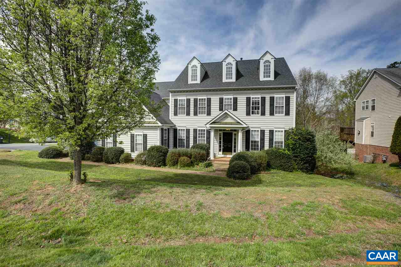 OPEN HOUSE:  SUNDAY 5/19/19 2 - 4 P.M.  Beautiful 6 BR, 4.5 Bath home in Dunlora with plenty of room and lots of natural light on a culdesac lot. Kitchen offers plenty of cabinet space, glass cooktop in the island with breakfast bar seating, wall oven/microwave and desk.. adjacent to sunny family room with gas fireplace.  Main level office with bookshelves and french doors. Large dining room and adjacent living room is ideal for entertaining. Mud room/main level laundry with chute and sink. Huge master bedroom with sitting area and walk in closet, Master bath offers an oversized tile shower, jacuzzi tub & dual sinks. Guest room with en suite bath.