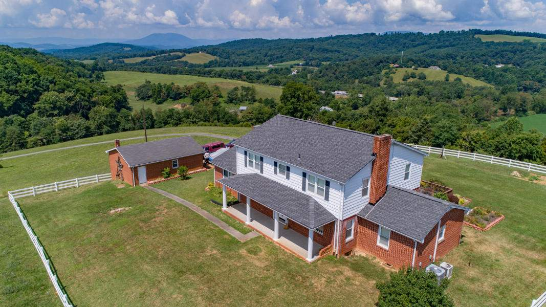 80 MT ATLAS RD, FAIRFIELD, VA 24435