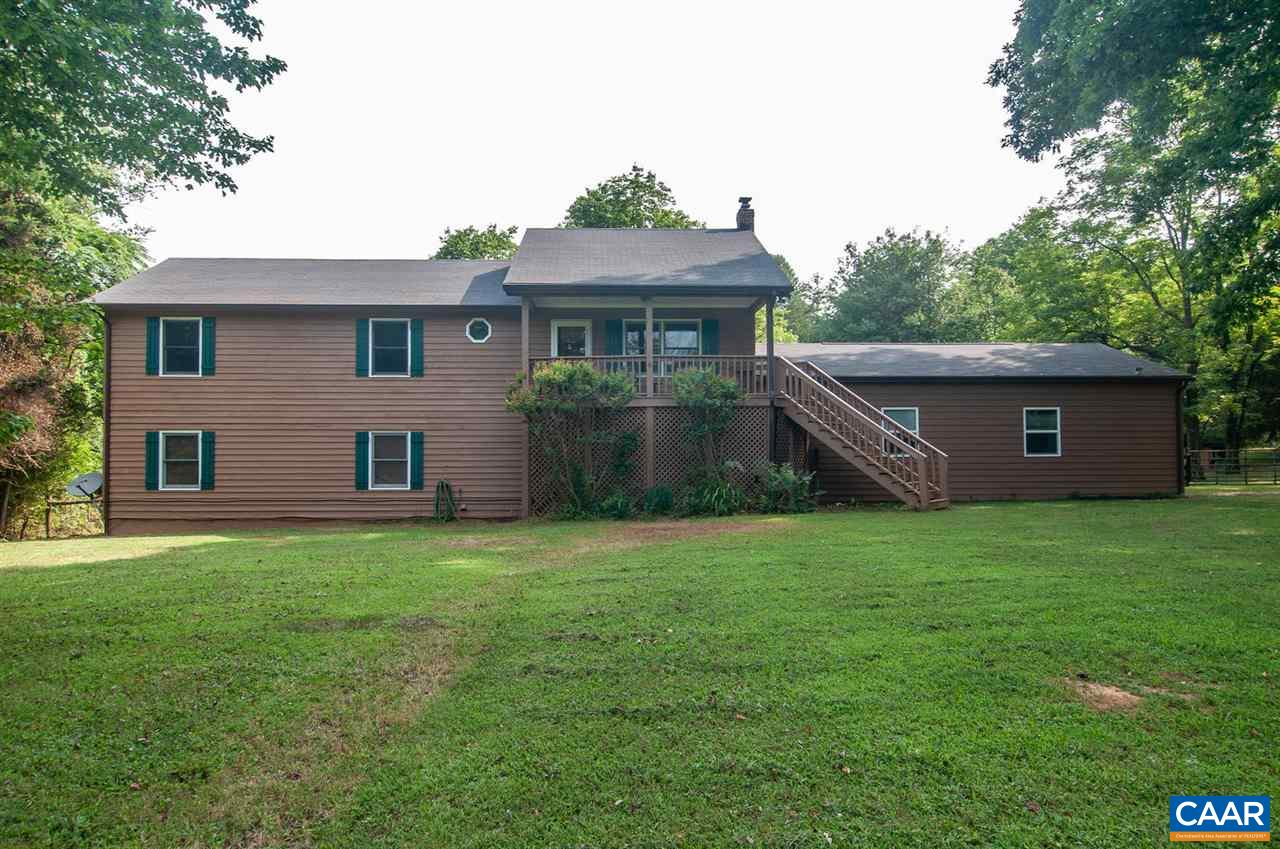 402 GREENWOOD FARMS RD, BARBOURSVILLE, VA 22923