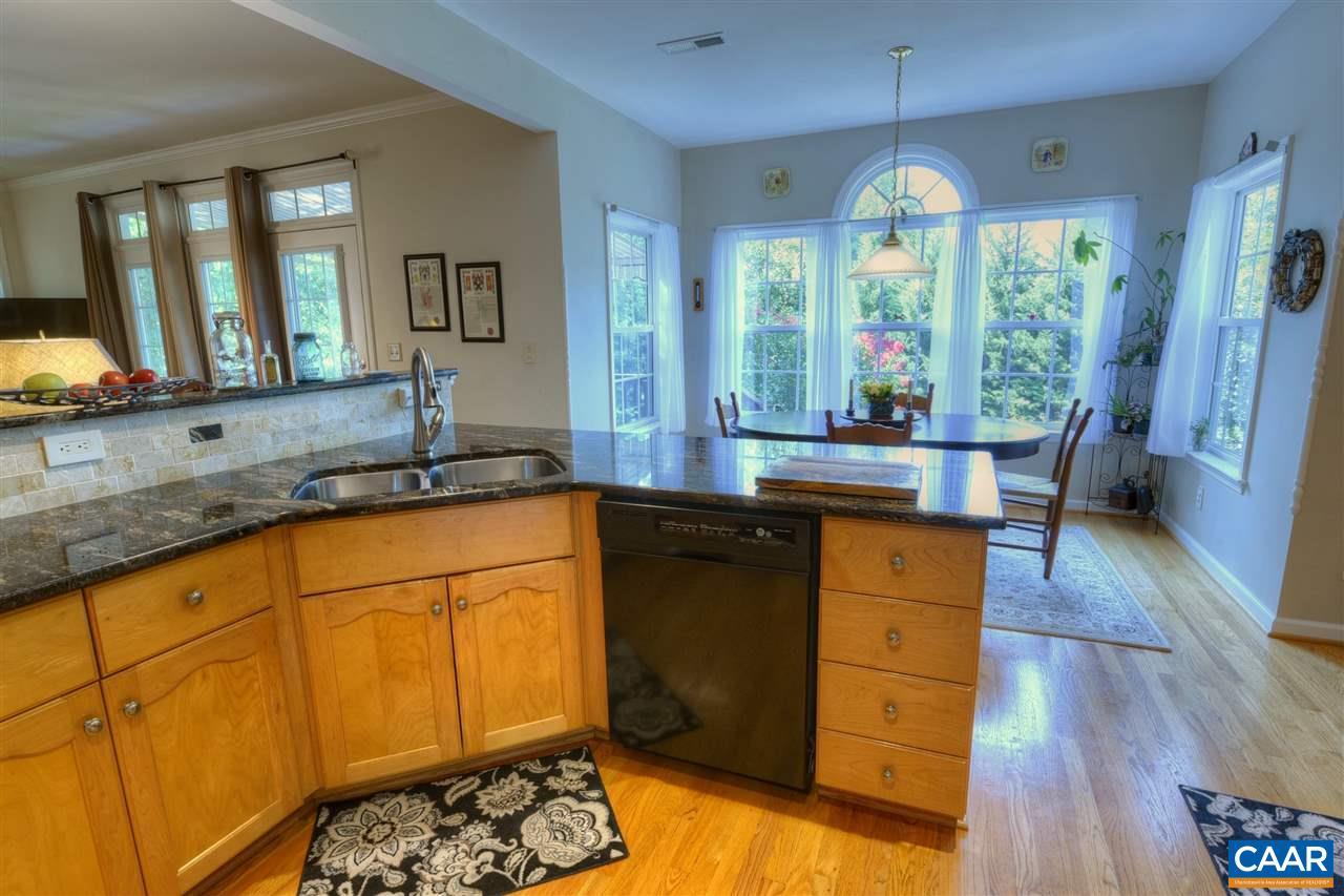 620 NETTLE CT | CHARLOTTESVILLE, VA 22903 | MLS# 580161 | Nest ...