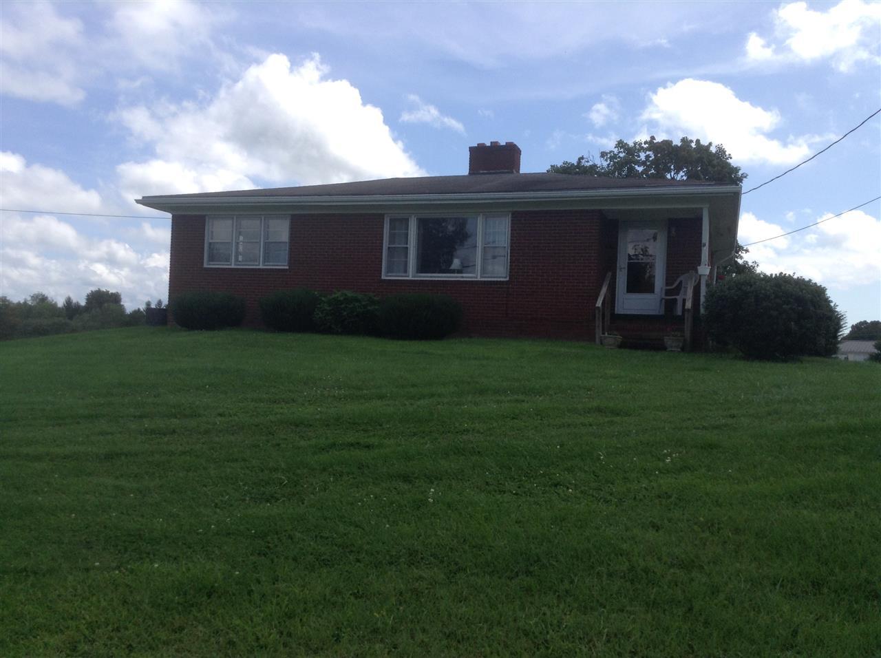 1401 NEW HOPE RD, STAUNTON, VA 24401