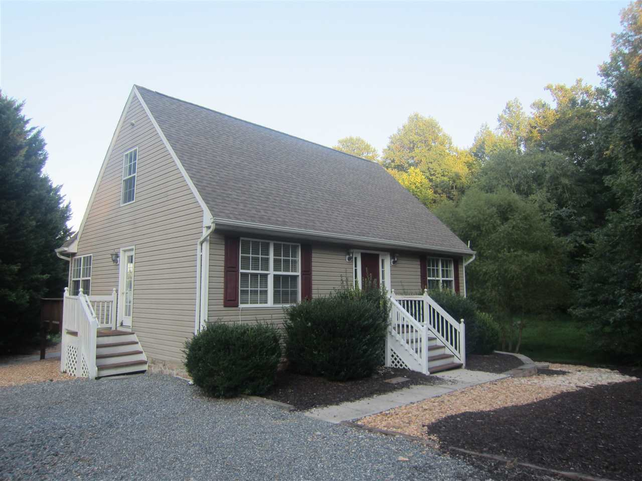 90 BUSBEES POINT RD, BUMPASS, VA 23024