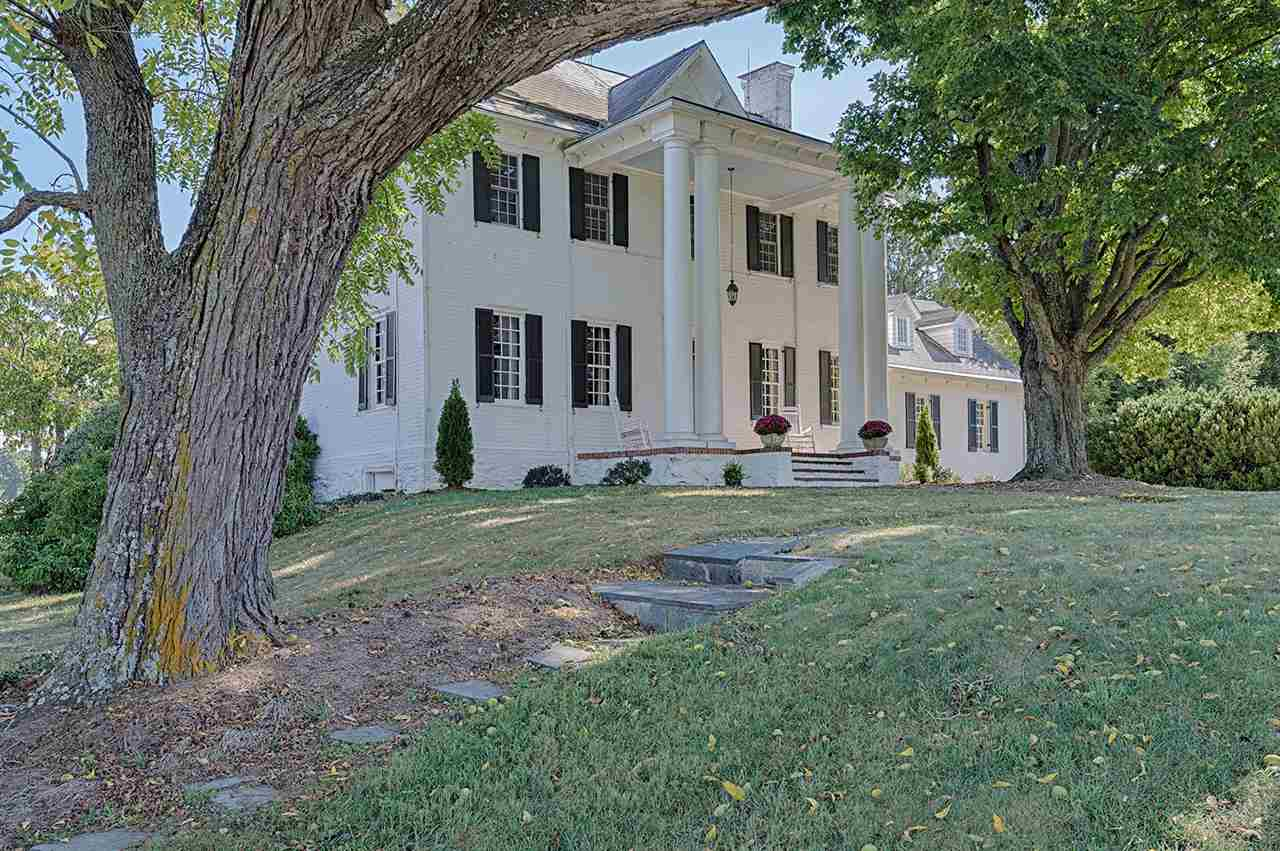 949 OLD WHITE BRIDGE RD, WAYNESBORO, VA 22980