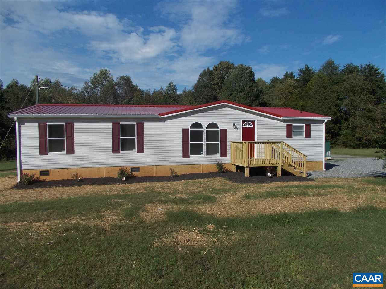 723 MICKIE TOWN RD, MAIDENS, VA 23102