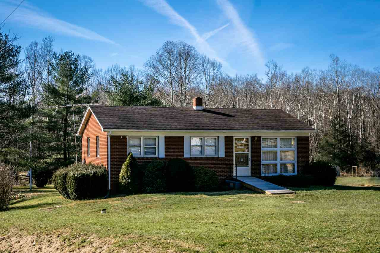 12917 BROCKS GAP RD, FULKS RUN, VA 22830