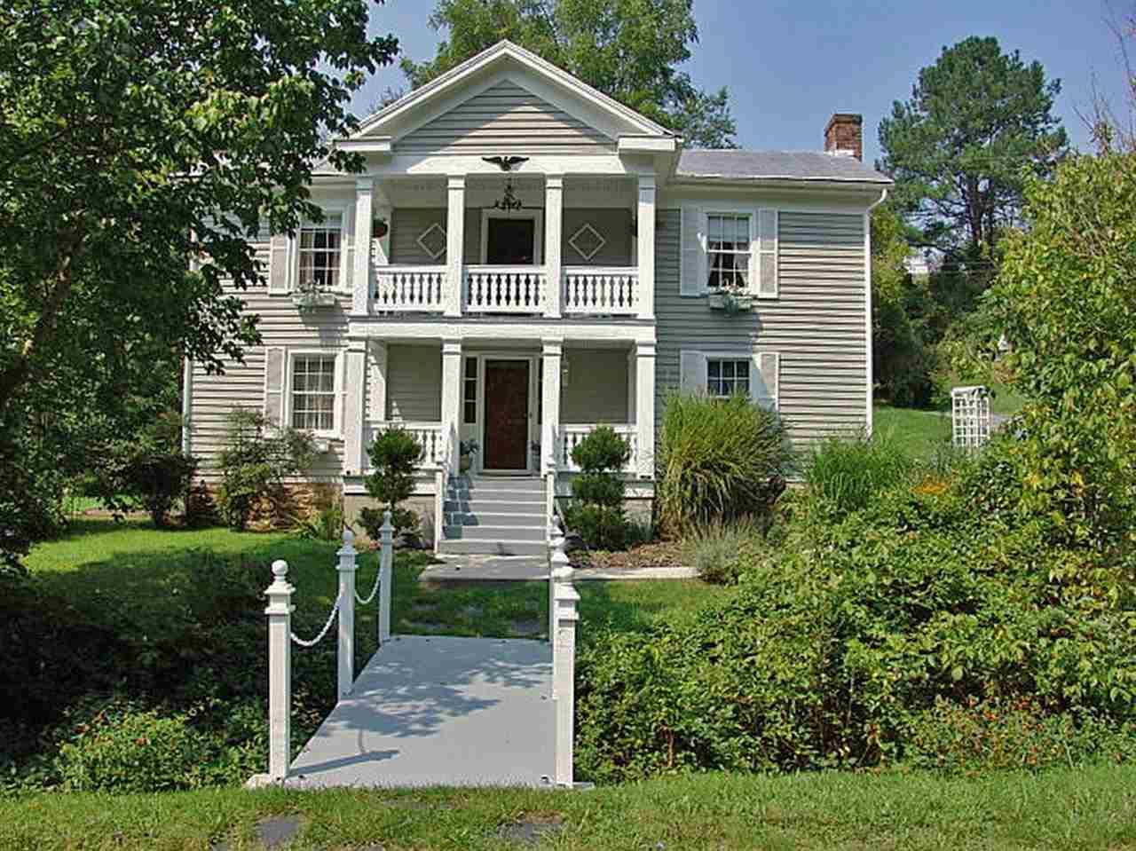 492 GREENHOUSE RD, LEXINGTON, VA 24450