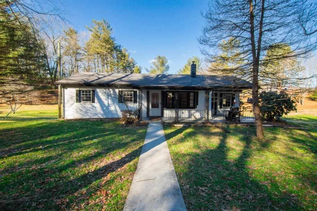 4209 PEAKE MOUNTAIN RD, FULKS RUN, VA 22830