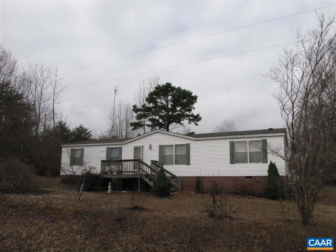389 GOUGH TOWN RD, SCOTTSVILLE, VA 24590