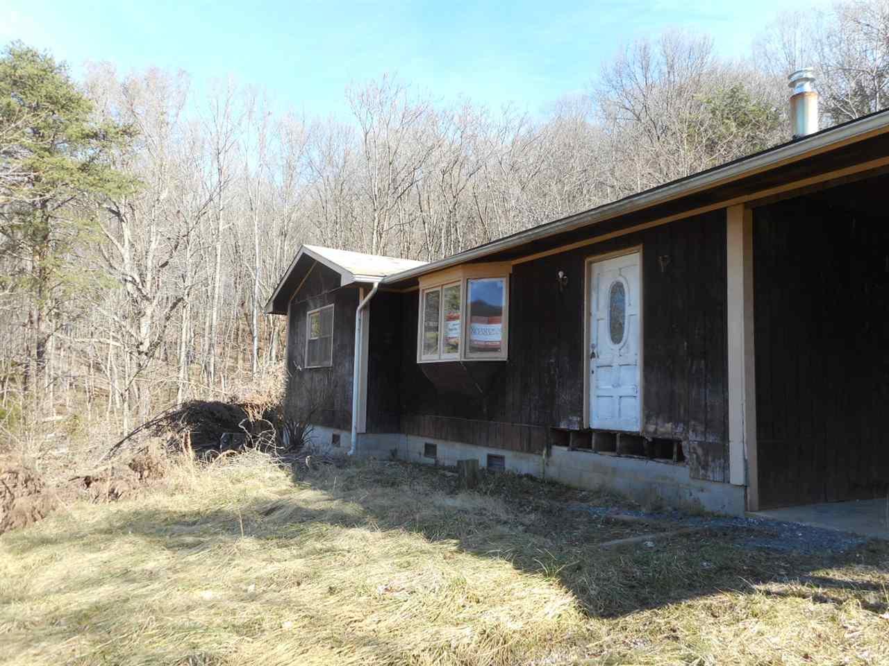 207 VIEW MOUNTAIN RD, STANLEY, VA 22851