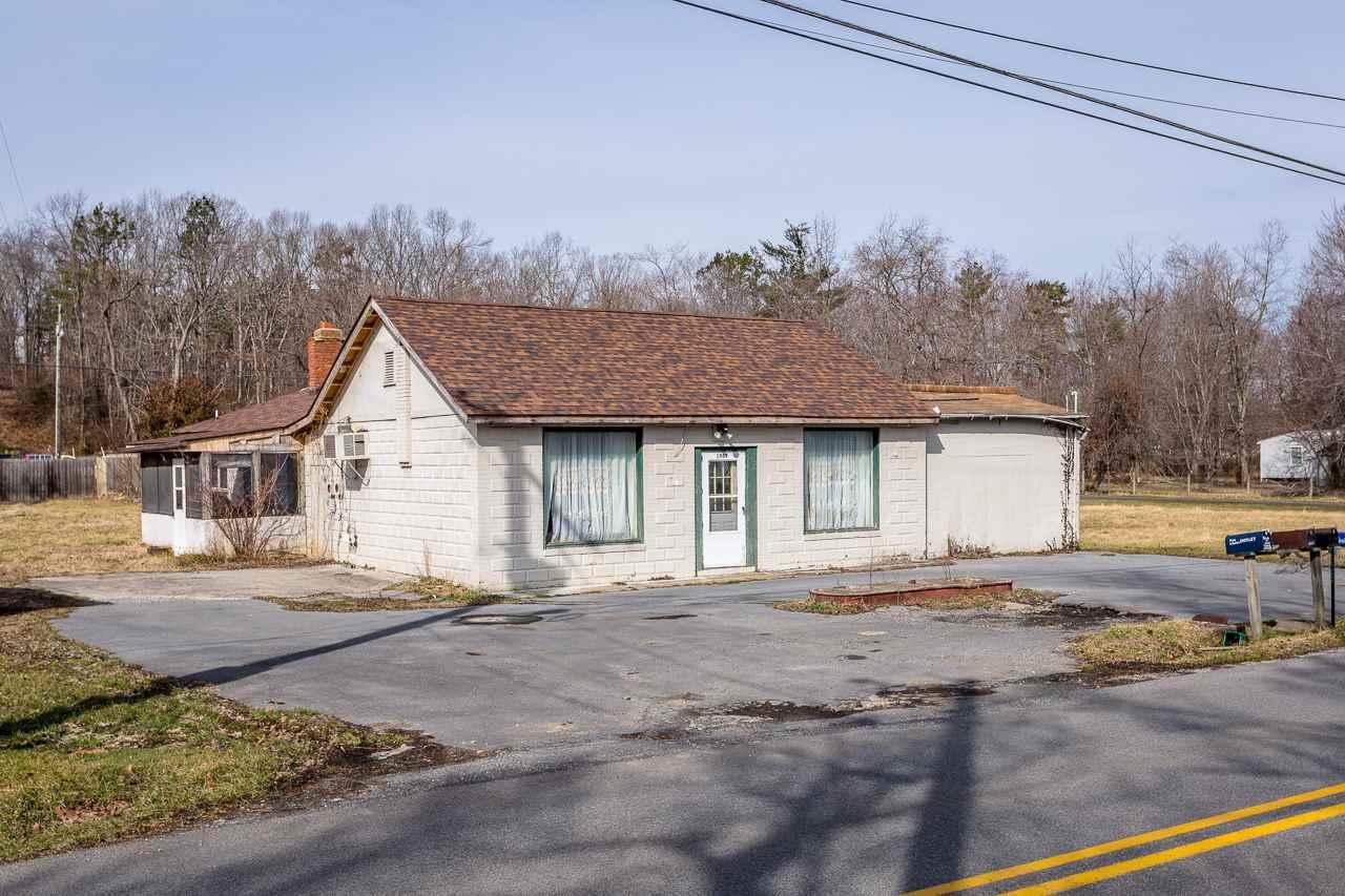 1989 MT TORREY RD, LYNDHURST, VA 22952