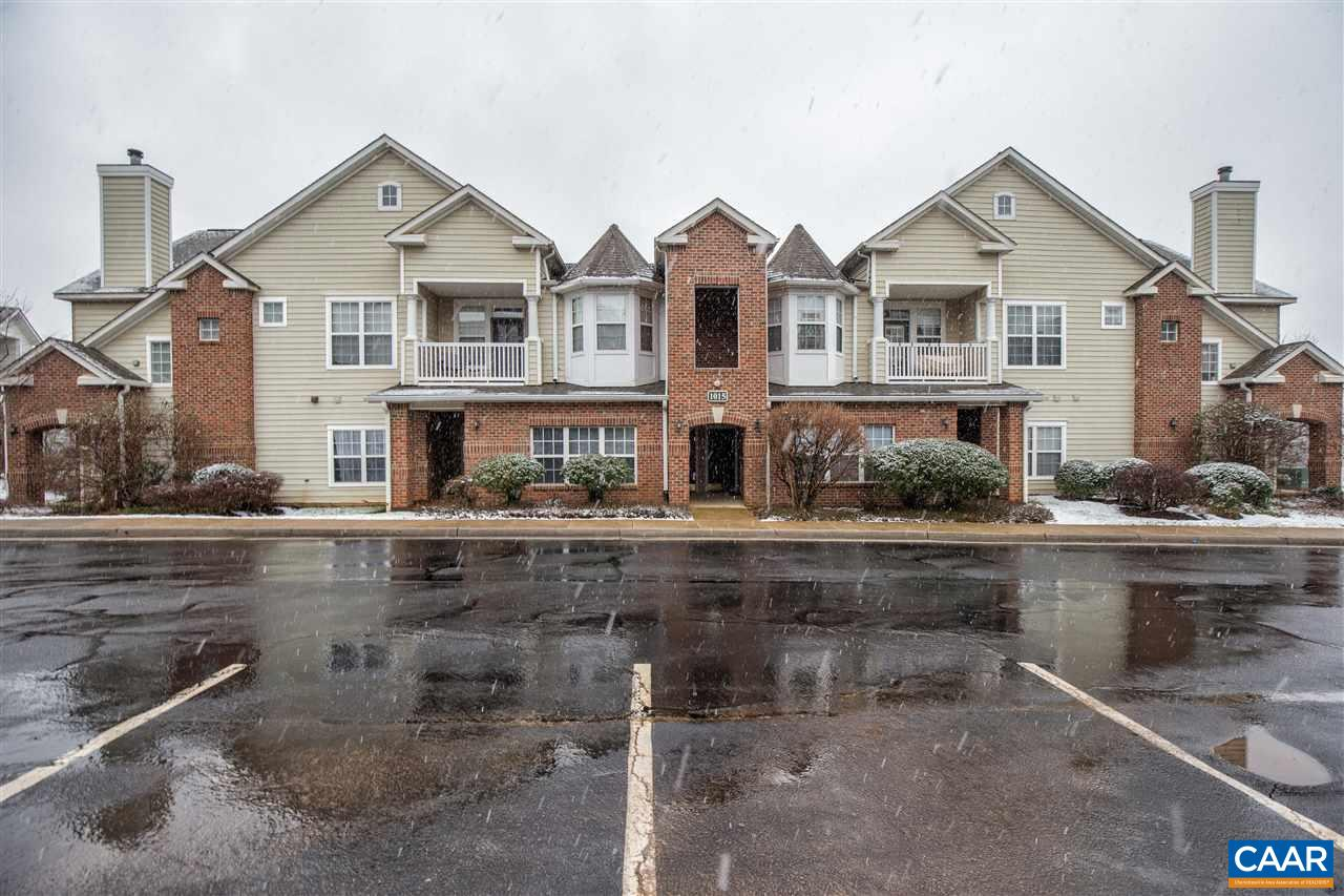 Welcome to 1015 Weybridge Court - a first floor condo unit that offers amenities galore! Here you will be in close proximity to downtown and have access to the pool, clubhouse, 24 hour fitness center, tennis and basketball courts, putting green, sauna, hot tub, tanning bed, game room, playgrounds, and an office with copier and fax access. The Carriage Hill condo complex is within close walking distance to a grocery store and local shops and restaurants. This 1 bedroom, 1 bathroom condo has a walk-in closet, separate laundry room off the kitchen, open living space, and a private patio off the living room. The additional outdoor storage space is a bonus as well. If you're looking to have a low-maintenance lifestyle with amenities and mountain
