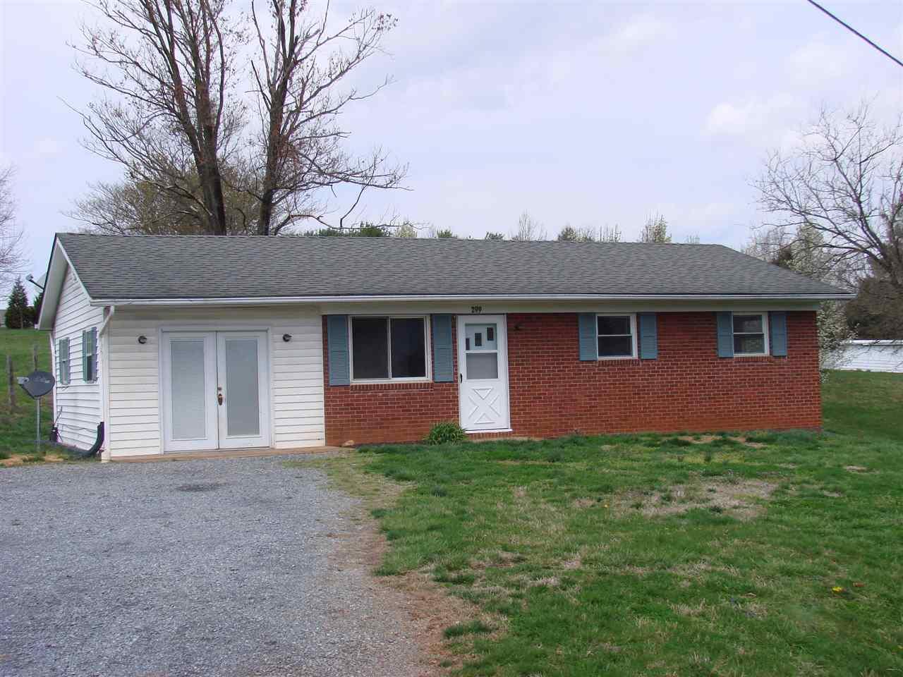 299 HINTON RD, LURAY, VA 22835