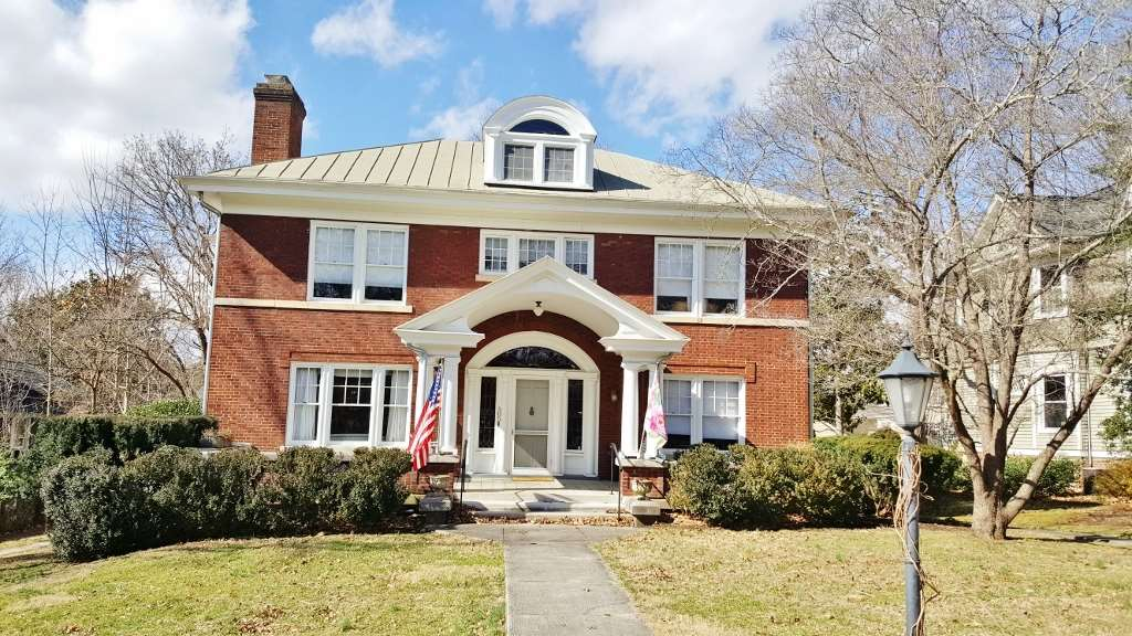 505 JACKSON AVE, LEXINGTON, VA 24450