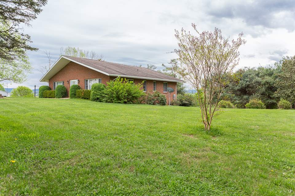 228 ST JAMES RD, FISHERSVILLE, VA 22939