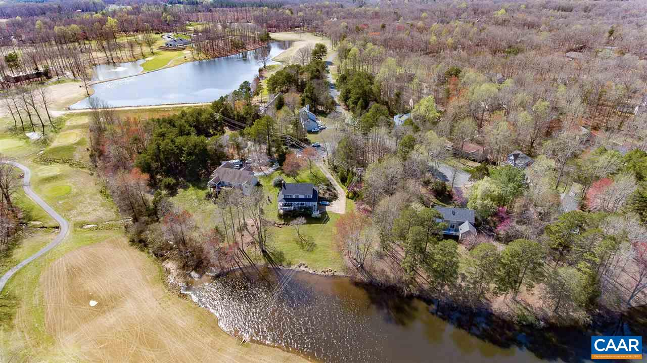 4 LEE CT, PALMYRA, VA 22963