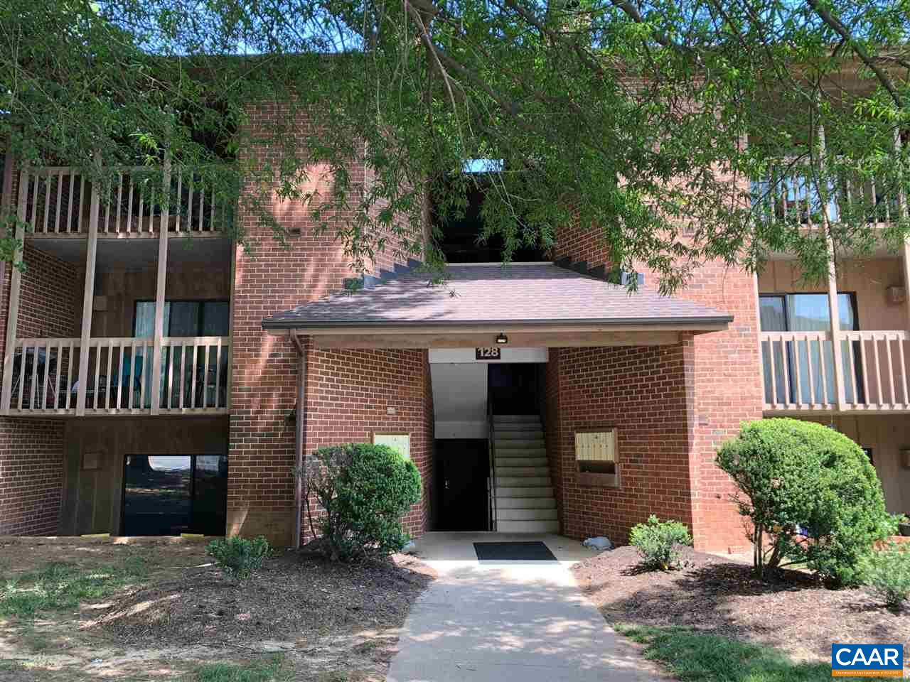 Nice condo in great location, convenient to UVA - 2nd floor unit with balcony and wood burning fireplace. Close by Stonefield shopping and restaurants. Community pool, care fee living.