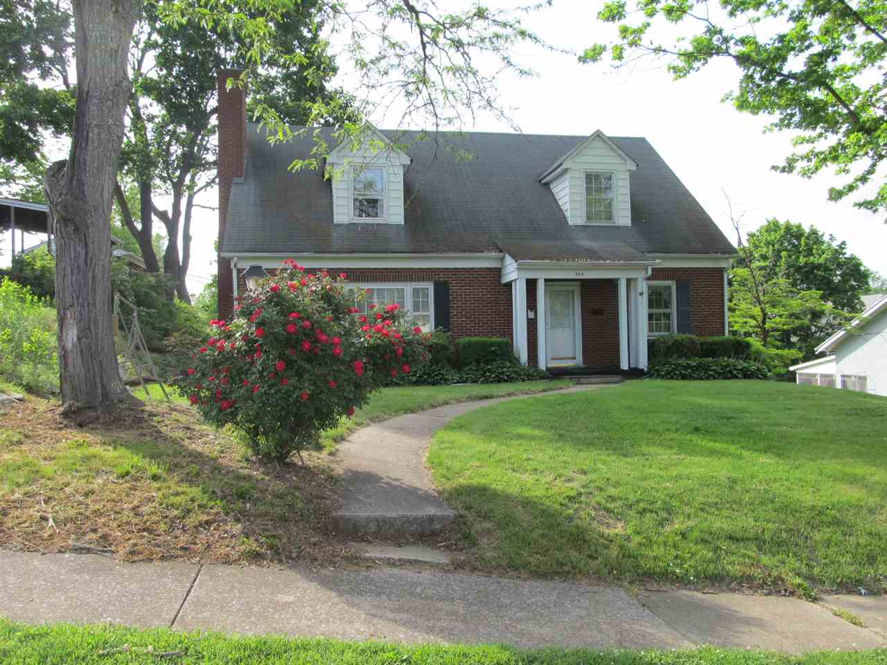 345 WALNUT AVE, WAYNESBORO, VA 22980