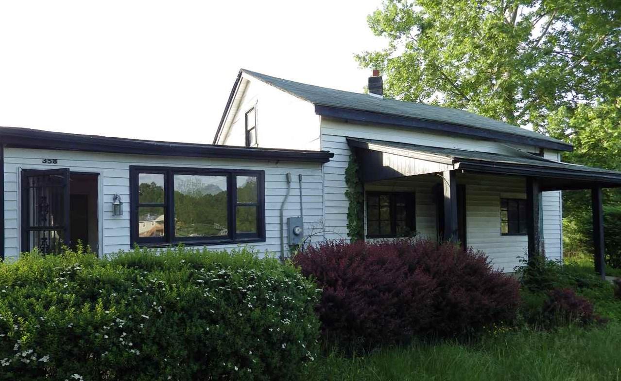 39 WOODSON BELL LN, LYNDHURST, VA 22952