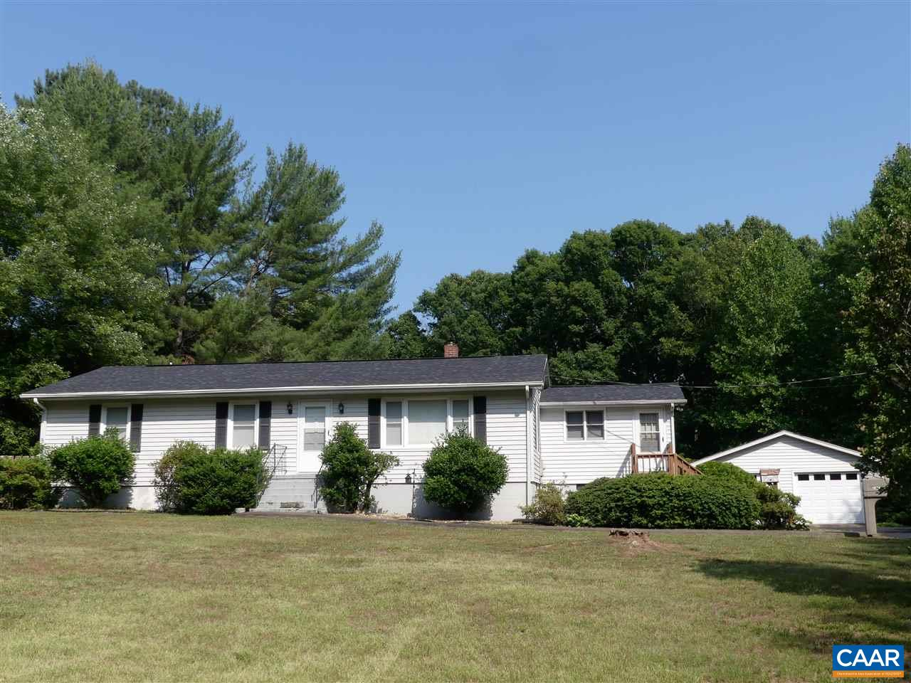 1876 SCOTTS BOTTOM RD, DILLWYN, VA 23936