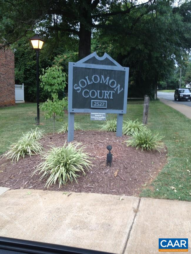 Renovated Condo in Solomon Ct near Stonefield Shopping Center. New HVAC, Kitchen Flooring, Bathroom Floor & Carpet throughout.
