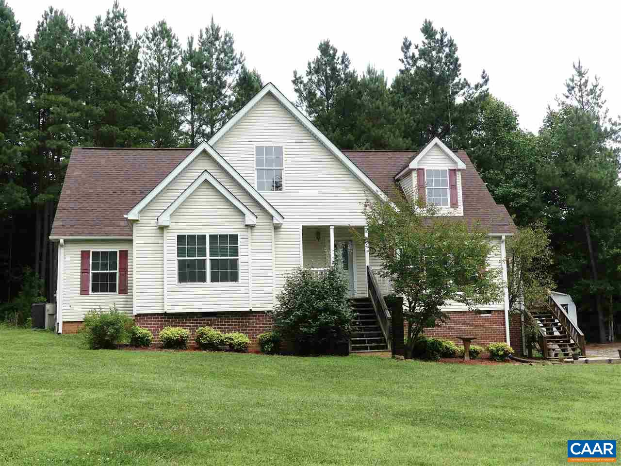 190 CARRIAGE HILL RD, FARMVILLE, VA 23901