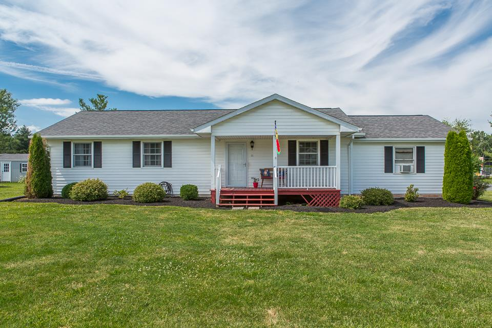 111 FOURTH ST, GROTTOES, VA 24441