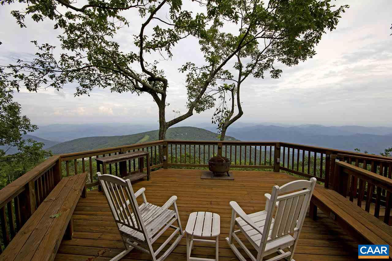 950 DEVILS KNOB LOOP, WINTERGREEN, VA 22967