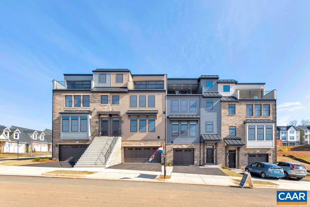 Fall 2019 Delivery. End-unit Hartfield in Cascadia. Enjoy maintenance free-living in a great location with exceptional views. Rooftop deck included in this 4 bedroom/3-1/2 bath townhome w/ 1-car garage. 24 foot wide footprint. Main level features an open floorplan with great room, dining room, and expansive kitchen. 2nd-level includes 3 bedrooms with laundry room. Rooftop deck on 3rd floor. 1 BR and full bath on lower level. Pool, clubhouse, picnic pavilion, playground & lawn care included in HOA. Fiber optic internet available.