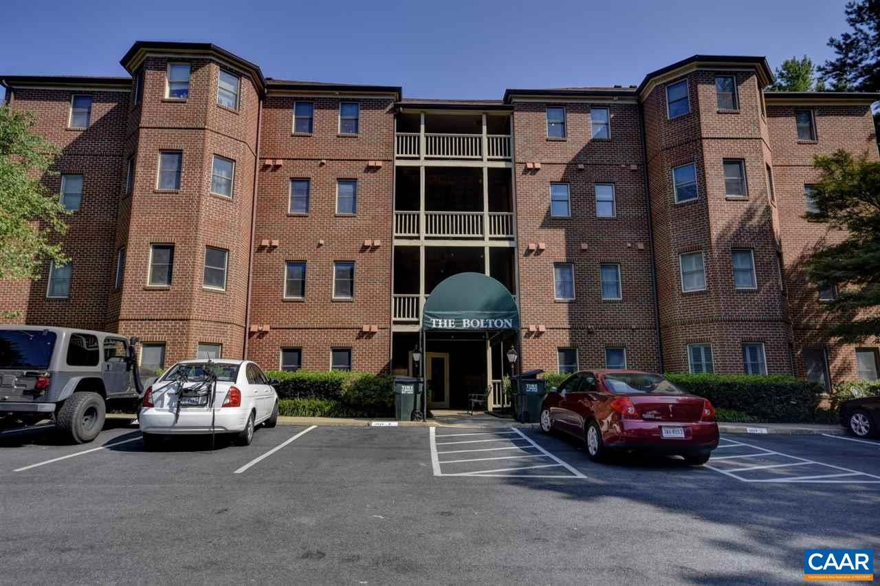 Spacious and low-maintenance, this chic 3-bedroom, 2-bathroom penthouse condo is located in the convenient and peaceful Branchlands community. Unit has largest condo floorplan in the Bolton and features multiple skylights. Generously sized bedrooms, including large master with en suite bathroom.  The branchlands community has a lovely pond on site with walking path in a parklike setting. Next to a lovely pond with walking trail in park-like setting. The HOA takes care of exterior maintenance including roof, grounds and snow removal. Prime location is walking distance from the Senior Center and convenient to the University of Virginia, shops and restaurants.
