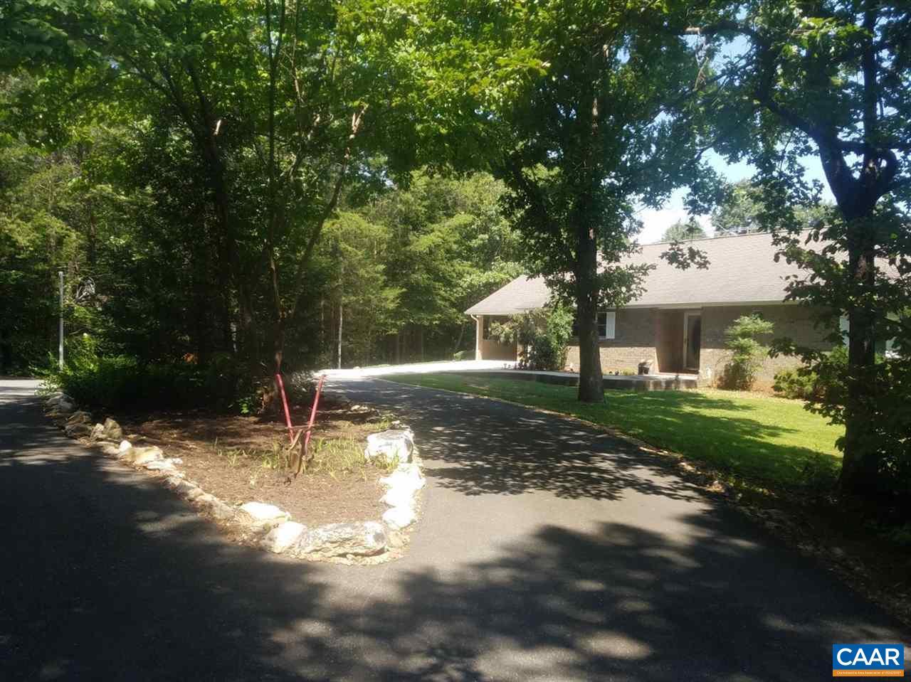 705 BOXWOOD FARM RD, AMHERST, VA 24521