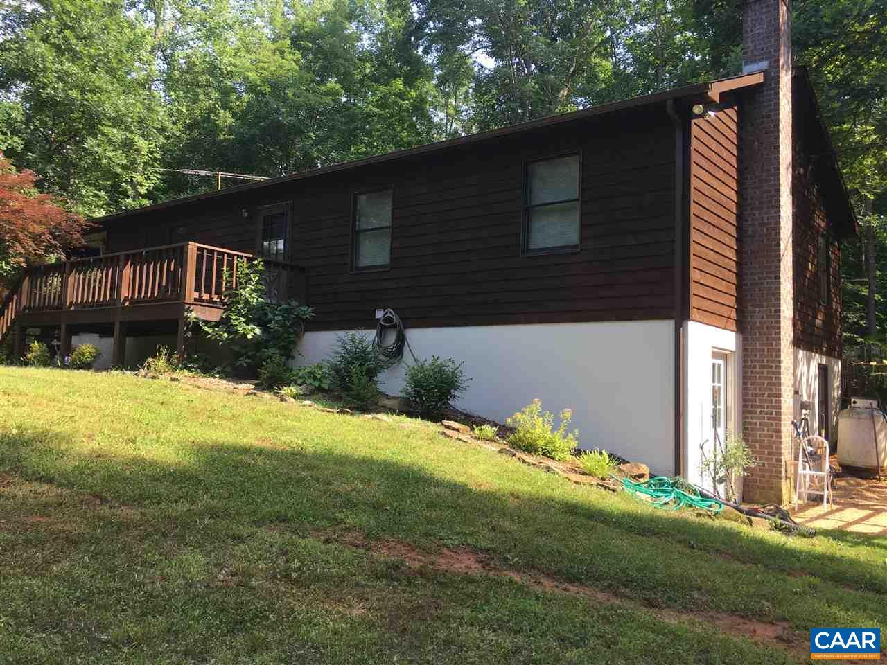 422 BLACKBERRY LN, RUCKERSVILLE, VA 22968