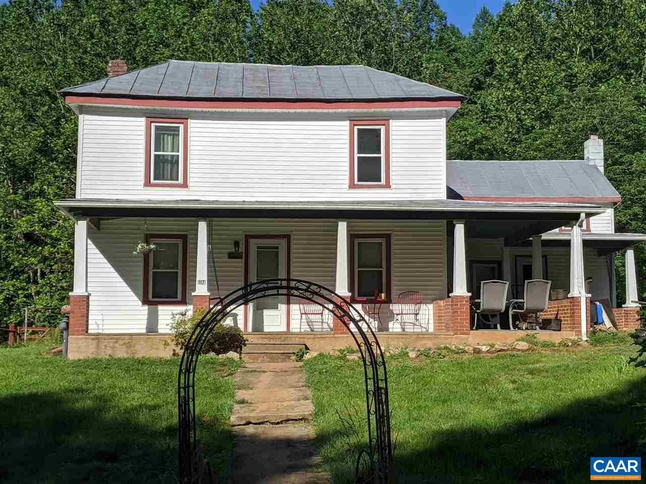 117 GOLDEN HORSESHOE RD, STANARDSVILLE, VA 22973