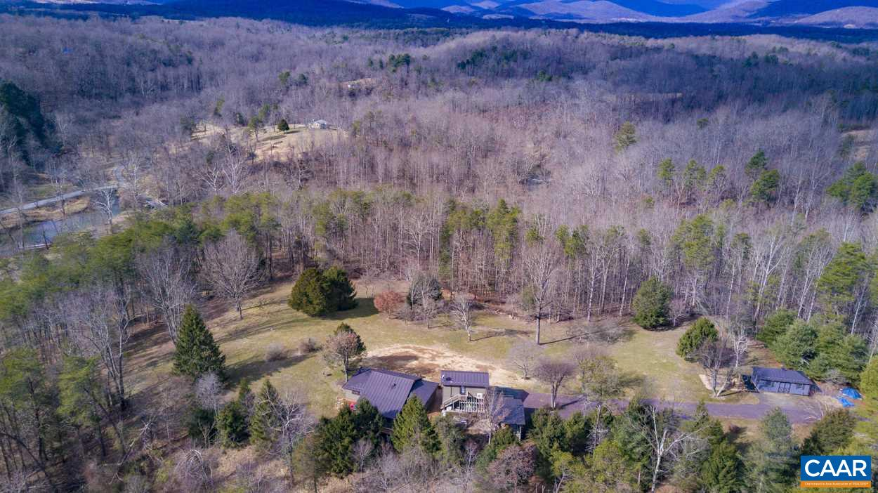 60 LONG MOUNTAIN RD, WASHINGTON, VA 22747