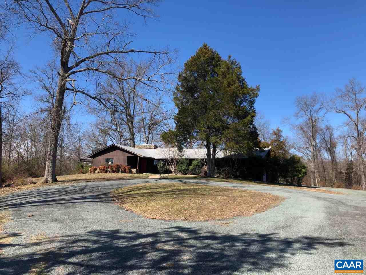 290 LLAMA FARM RD, CHARLOTTESVILLE, VA 22901